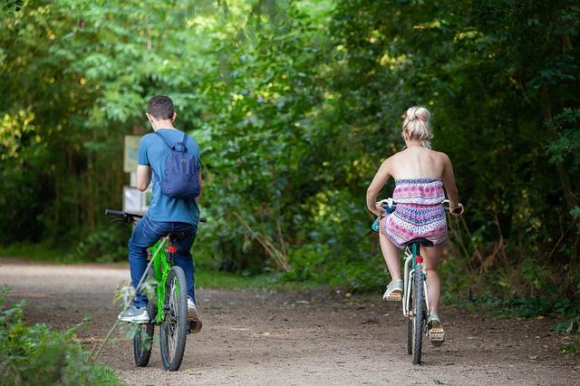 Biztonságos közlekedés kerékpár lámpával